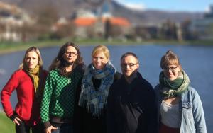 F.v. Diane Berbain, Sondre Båtstrand, Randi Amundsen, Øystein Bønes og Ingrid Fjellberg.